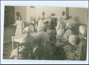 V030/ Haushaltungsschule Küche Kochen Foto AK ca.1912