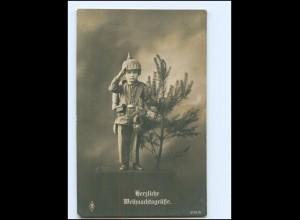 V043/ Kind Junge in Uniform mit Pickelhaube Weihnachten AK 1915 WK1
