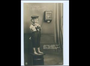 V074/ Junge in Uniform telefoniert Telefon NPG Foto AK 1918