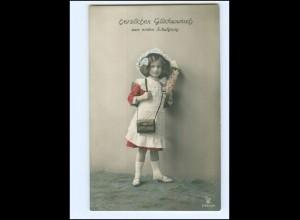 Y16171/ Einschulung Schule Mädchen mit Schultüte Foto AK 1912