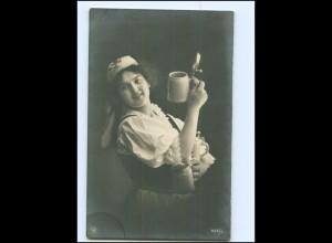 Y16521/ Frau mit Bierkrug Bier NPG Foto AK ca.1912