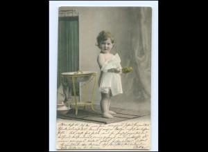 Y16537/ Kleines Kind wäscht sich Waschen AK ca.1905