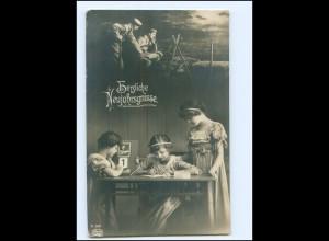 Y16608/ 1. Weltkrieg Kinder schreiben ein Brief an den Vater Fotomontage AK