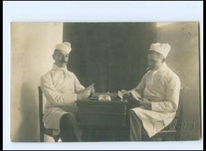 Y16609/ Köche spielen Karten Foto AK ca.1920