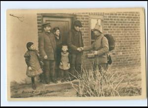 Y17026/ Ostpreußenhilfe AK Abschied von den Quartierswirten WK1 AK 1916