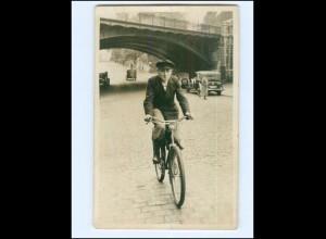 V618/ Junger Mann fährt Fahrrad Foto AK ca.1935