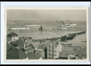 S2436/ Helgoland Ankunft der Dampfer F. Schensky Foto AK ca.1935