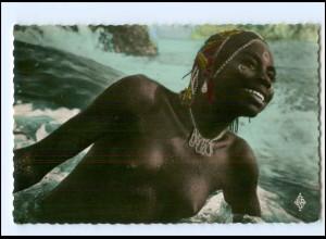 Y17697/ Junge Frau nackt Region de Mobaye Afrika AK ca.1955