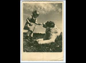 Y17652/ Hund Bernhardiner und Mädchen Foto AK 1941