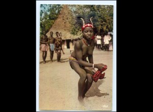 Y17690/ Junge Frau nackt Dancing Girl Afrika AK ca.1970