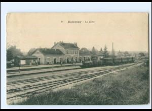 XX11873/ Esternay -La Gare Bahnhof Frankreich AK 1914 -513-