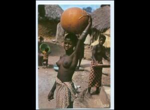 Y17895/ Dorfleben Kamerun Afrika junge Frau nackt AK