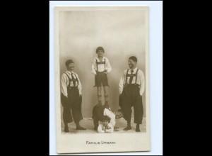 Y18210/ Familie Aurbani Artisten Variete Foto AK ca.1920