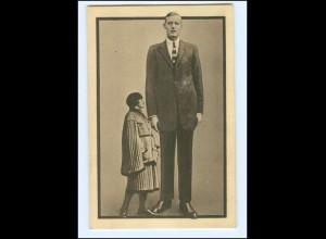 V1508/ Van Albert Riese , der größte Mensch Variete AK ca.1930