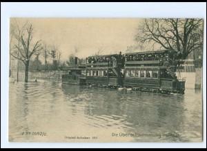 XX12066/ Paris Hochwasser Überschwemmung Straßenban Tram 1910