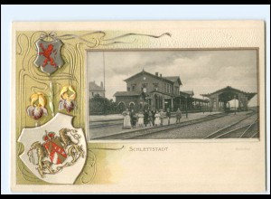 XX12789/ Schlettstadt Bahnhof Litho Prägedr. Wappen AK ca.1900 Elsaß