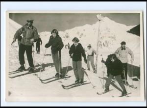 S2588/ Prinzessinen von Niederlande in Sankt-Anton 1951 Foto AK Wintersport Ski