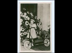 S2594/ Prinzessin Margriet mit Roller Foto AK 1948 Niederlande