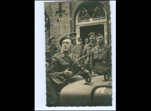 S2598/ Prinz Bernhard von Niederlande als Soldat in Tilburg 1945 Foto AK
