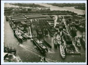 XX13346/ Hamburg Hafen Stappelauf Tanker Esso Deutschland AK Howaldtswerft