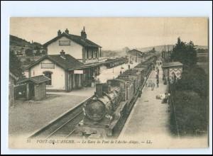 XX13560/ Pont-de-L`Arche La Gare Bahnhof Eisenbahn Frankreich AK ca.1920