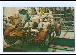 Y19222/ Raumfahrt Astronaut David Scott + J. Irvin Apollo 15 Mondfahrzeug AK