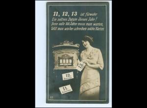 Y19227/ Datum Foto AK Stempel: Berlin 11.12.13 Briefkasten
