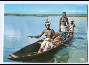 Y19074/ Frauen nackt Afrika AK