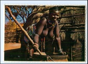 Y19083/ Frau nackt Süd-Afrika AK