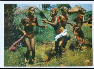 Y19087/ Kamerun Frauen nackt Afrika AK