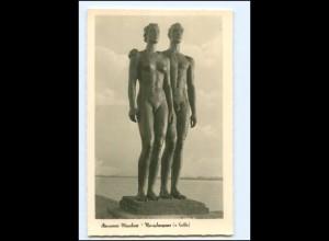 Y19343/ Hannover Maschsee Skulptur Menschenpaar von Kolbe Foto AK