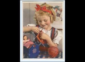 Y19258/ Hübsches Mädchen mit Puppe Nr. 1235 AK 50er
