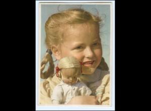 Y19254/ Hübsches Mädchen mit Puppe Nr. 1241 AK 50er