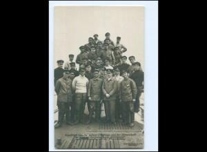 XX13988/ Kapitän König mit seiner Mannschaft Frachttauchboot Deutschland Foto AK