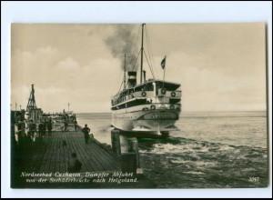 XX13990/ Cuxhaven Dampfer Abfahrt nach Helgoland Foto AK ca.1930