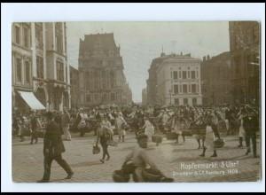 XX13882/ Hamburg Hopfenmarkt Händler Strumper Foto AK 1906