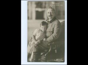 XX14059/ Kaiser Wilhelm mit seinen ältesten Enkel Foto AK 1913