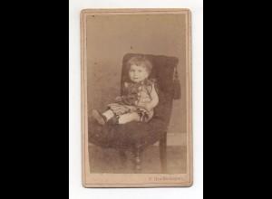 Y11051/ CDV Foto kleines Kind Mädchen Atelier Greiffenhagen, Hamburg ca.1890