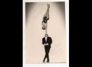 C3082/ The Randell`s mit Widmung Artisten im Hansa Theater 1960 Foto Variete
