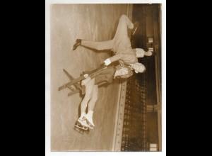 C3105/ Baisers Eisrevue Komiker Boyd Bachmann Eiskunstlaufen Variete Foto 1964