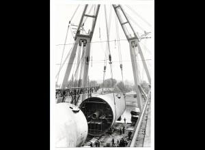 C3718/ Hamburg Hafen Schiffsbau Kran Foto 1972 22,5 x 15 cm