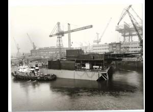 C3674/ Hamburg Hafen Werft Schlepper ca.1970 Foto 25,5 x 20,5 cm