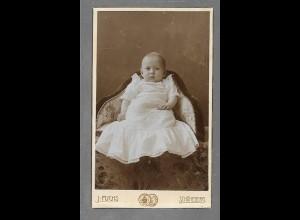 Y16346/ CDV Foto Baby Kind Atelier J. Fuchs, Berlin Schöneberg ca.1900