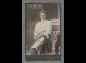 Y16355/ CDV Foto junge Frau, Atelier G. Schwedes, Heide ca.1910