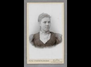 Y16429/ CDV Foto junge Frau, Atelier Stammerjohann, Burg in. Dithm. ca.1905