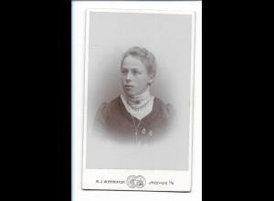 Y16480/ CDV Foto junge Frau Atelier H.J. Wittmaack, Itzehoe ca.1900