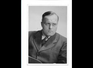 Y17422/ Dr. Th. Oberländer Staatssekretär f.d. Flüchtlingswesen Foto ca.1950