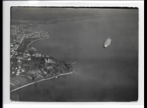 ZZ-3082/ Graf Zeppelin ü. Friedrichshafen Foto Luftbild 1939 18 x 13 cm