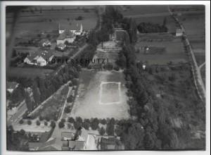 ZZ-4495/ Gerolzhofen Sportplatz Foto seltenes Luftbild ca.1938 18 x 13 cm