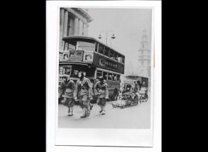 C4271/ See-Pfadfinder mit dem Kapitän Scott`s Schlitten in London 1950 Foto